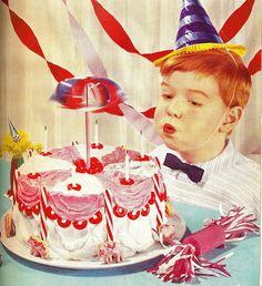 Retro Vintage Collection - Page 6 Vintage Birthday Cakes, Vintage Birthday Parties, Retro Birthday, Vintage Party, It's Your Birthday, Boy Birthday, Retro Vintage, Jesus Birthday, Vintage Food