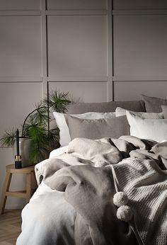 Home Decor Bedroom, Redecorate Bedroom, Sleeping Room, Greige Bedroom, Bedroom Inspirations, Small Room Bedroom, Romantic Bedroom Decor, Blue Bedroom, Interior Design Bedroom