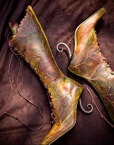 I can hear the footsteps of Faeries, when they follow me in the forest. Never really thought what their boots look like.    What would I do for a Klondike Bar? Absolutely nothing. What would I do for these boots? Almost anything!     Waaaaaaaaaaant!