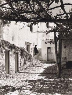 by Nelly's (Elli Souyioultzoglou-Seraidari)- Rogdia, Herakleion, Crete Greece Photography, Vintage Photography, Art Photography, Old Pictures, Old Photos, Heraklion, Minoan, Old Maps, Female Photographers