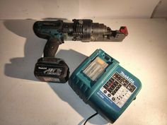 Makita Li-Ion Rebar Rod Cutter with Battery and Ladeger Used Tools For Sale, Mein Ebay, Aktiv