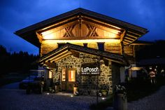 "Hotel tip: Try the beautiful and cozy chalet resort ""La Posch"" in the Lermoos/Ehrwald skiing area in Austria."