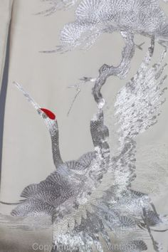 Rare-Vintage-Antique-Japanese-Metallic-Silver-Embroidered-Cranes-Wedding-Kimono
