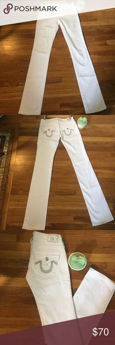 True Religion white denim with beaded pocket True Religion white denim jeans, size 26. Like brand new, no flaws. Beaded silver pocket detail. True Religion Jeans Boot Cut