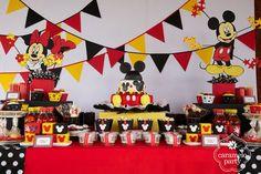 Mickey table. X