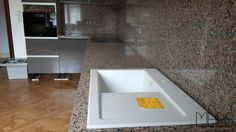kunststein fensterb nke lassen sich nach gew nschten dimensionen herstellen. Black Bedroom Furniture Sets. Home Design Ideas