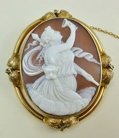 LARGE ANTIQUE SHELL CAMEO 9K GOLD BROOCH DIONYSUS GOD OF WINE