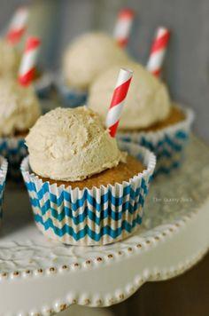 Root Beer Float Cupcakes