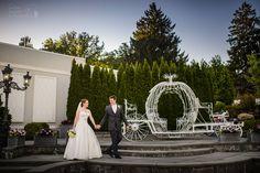 Spring Wedding #shadesofgreen#springwedding Photo Credit: Chris Carter Photography