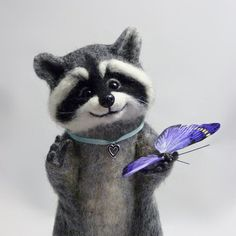 Needle felted Raccoon MADE TO ORDER  Needle felted animal  Gift  miniature sculpture Handmade Raccoon as a gift Raccoon animals Decor