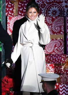 Donald And Melania Trump, First Lady Melania Trump, Donald Trump, Carla Bruni, Melania Trump Dress, Ghana, Latest Outfits, Fashion Outfits, Rihanna Outfits