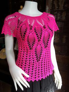 Fabulous Crochet a Little Black Crochet Dress Ideas. Georgeous Crochet a Little Black Crochet Dress Ideas. Gilet Crochet, Crochet Shirt, Crochet Jacket, Knit Crochet, Easy Crochet, Crochet Baby, Crochet Designs, Crochet Patterns, Crochet Summer Tops