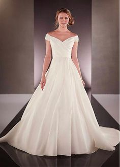 Charming Organza Satin Off-the-shoulder Neckline Natural Waistline Ball Gown Wedding Dress