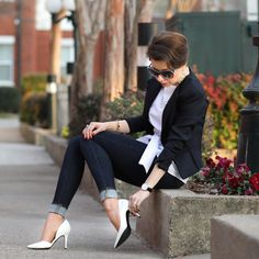 classic white blouse | from desk to happy hour - hampton roads