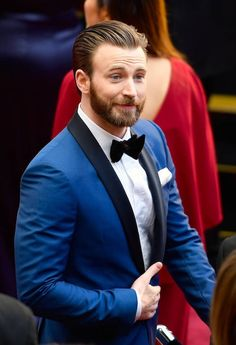 Chris Evans attends the 89th Annual Academy Awards at Hollywood & Highland Center on February 26, 2017 in Hollywood, California.