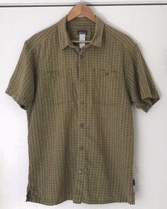 89ea461fa2cb Details about Patagonia Short Sleeve Shirt Large Green Check Pattern 100%  Cotton