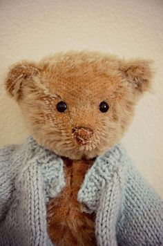 I love my Steiff Bear My Teddy Bear, Cute Teddy Bears, Antique Teddy Bears, Little Boy Blue, Love Bear, Bear Doll, Cuddling, Vintage Toys, Bunny