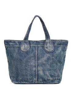 Best 12 Vantoo Distressed Unisex Denim Handbag Shoulder Bag with Two Pockets for Men and Women – SkillOfKing. Denim Tote Bags, Denim Handbags, Denim Purse, Blue Jean Purses, Hand Bags 2017, Small Tote Bags, Diy Handbag, Recycled Denim, Patchwork Bags