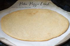 THE BEST Paleo Pizza Crust Recipe EVER. Gluten/Grain/Dairy free and SO easy to make. This one actually has the right texture and holds together. You can finally pick up your slice of Paleo pizza. Paleo Pizza Dough Recipe, Paleo Pizza Crust, Paleo Bread, Paleo Baking, Crust Recipe, Dough Pizza, Cookie Caramel, Real Food Recipes, Cooking Recipes