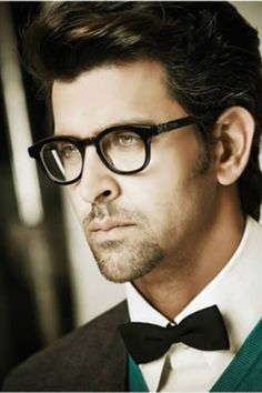 Oh, you want to discuss post-feminist theory for seven hours? Sure, Hrithik. Whatever you want. | 11 Photos That Prove Everyone Is Way, Way, Wayyy More Attractive In Glasses