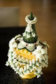 Floral Garland, Flower Garlands, Floral Wedding Decorations, Flower Decorations, Handmade Flowers, Artificial Flowers, Plant Hanger, Flower Art, Special Gifts