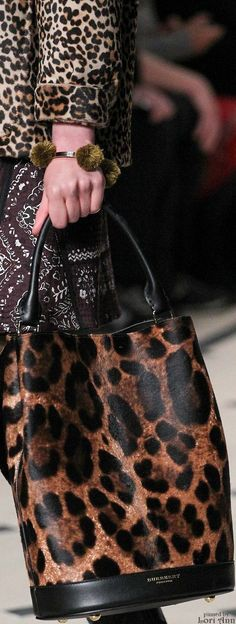Burberry Prorsum Fall 2015 RTW Got to add a new animal print bag to my collection!