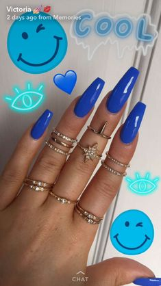 Beautiful blue nails, nice and long, blue fake nails in a cool beautiful blue colour Aycrlic Nails, Sexy Nails, Trendy Nails, Coffin Nails, Nails 2016, Blue Acrylic Nails, Acrylic Nail Designs, Neon Blue Nails, Stiletto Nails