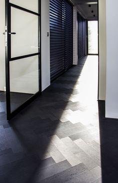 Black Wood Floors, Wooden Flooring, Black House, Tile Floor, Master Bedroom, Sweet Home, New Homes, Living Room, Interior Design