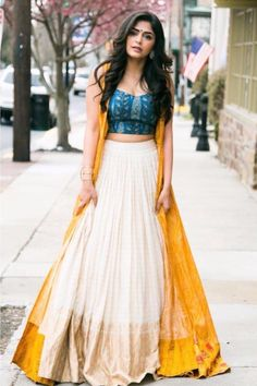 Party Wear Indian Dresses, Designer Party Wear Dresses, Indian Gowns Dresses, Party Wear Lehenga, Indian Fashion Dresses, Dress Indian Style, Indian Designer Outfits, Bridal Lehenga, Indian Skirt And Top