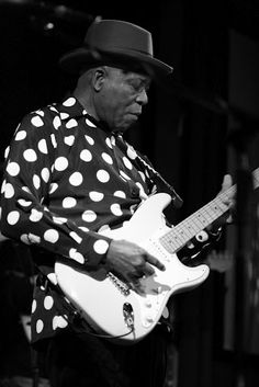 ddd02b93495 Buddy Guy He sure did like his polka dots! The one and only time I