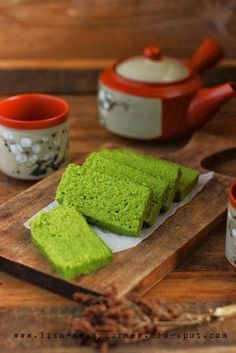 Steamed Matcha Green Tea Cake