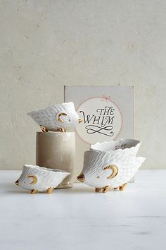 New Anthropologie Home Kitchen Measuring Hedgies Cups White Stoneware Unique | eBay