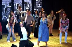 Well, shake it up, baby! TWIST AND SHOUT!  - un entusiasmo che contagia!