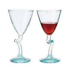 Set of 2 Twisted Wine Glasses