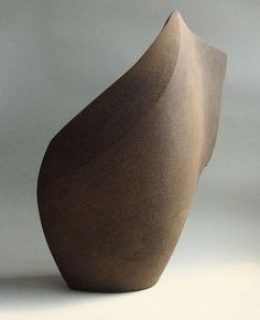 Ambiguously Curved Sculptures - These Shapely Art Works by Sophie-elizabeth Thompson Evoke Movement (GALLERY)