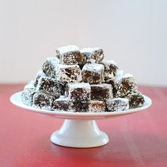 Molasses Cake Bites w/almond flour for FILLING/healthy nummy-ness!!!