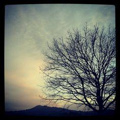 Vigo. San Roque. Clouds, San, Celestial, Sunset, Outdoor, Walks, Outdoors, Sunsets, Outdoor Games
