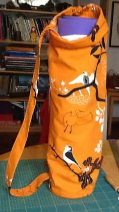 Yoga Mat bag. The closing straps fuse into the shoulder strap. IKEA fabric, not bad!