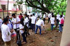 Volunteers involved in Cleanliness drive