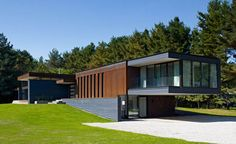 modern-houses-sustainable-design-canadian-homes-clearview (11)
