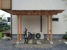 DIY!!!木製サイクルポート。 : ikuzzak architect blog Bike Shed, Outdoor Sheds, Wooden Diy, Canopy, Diy And Crafts, Pergola, New Homes, Outdoor Structures, House Design