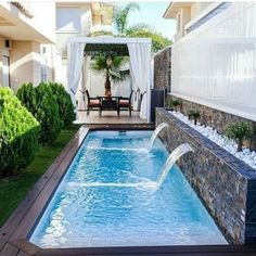 Stock Tank Swimming Pool Ideas, Get Swimming pool designs featuring new swimming pool ideas like glass wall swimming pools, infinity swimming pools, indoor pools and Mid Century Modern Pools. Find and save ideas about Swimming pool designs. Small Backyard Design, Small Backyard Pools, Backyard Pool Designs, Backyard Patio, Backyard Landscaping, Small Patio, Backyard Ideas, Landscaping Ideas, Fence Ideas