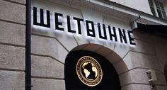 Genialer Name für ein Kaffeehaus/Restaurant ; ) #hamburg #weltbuehne #ahoihamburg #hamburgcity #thaliatheater #restaurant