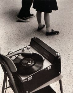 I belive them when they say : ''Those were the days''... Still in love with you vinyl. :)