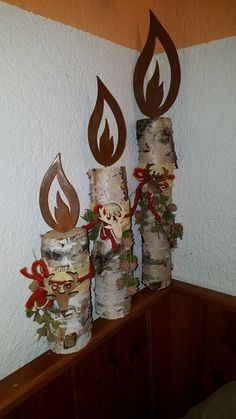 60 Marvelous DIY Christmas Decor Ideas The ideas are endless when you begin. Ideas for double doors include things like hanging a wreath on every door. Next calendar year, you may use the e. Winter Wood Crafts, Christmas Wood Crafts, Christmas Candles, Outdoor Christmas Decorations, Rustic Christmas, Christmas Art, Christmas Projects, Holiday Crafts, Office Christmas