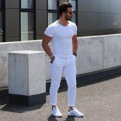 Menstylica fashion network : photo all white moda y moda męs Preppy Mens Fashion, Mens Fashion Suits, All White Mens Outfit, Outfits Hombre, Men's Outfits, Look Man, Cool Summer Outfits, White Fashion, Women's Fashion