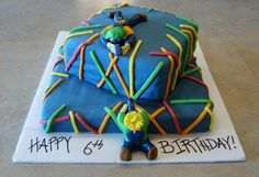 Recipe Laser Tag Birthday Cake by The Open Pantry - Petit Chef