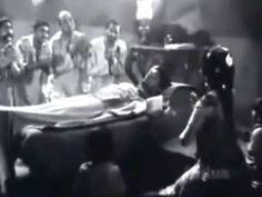 enjoy The song is a very inspiring song.(with lyrics) Movie -Do aankhen barah haath दो आँखें बारह हाथ Singer -Lata Man. School Prayer Songs, Autobiography Of A Yogi, Movie Songs, Movies, Samuel Goldwyn, National Film Awards, Lata Mangeshkar, Old Song, Mp3 Song Download
