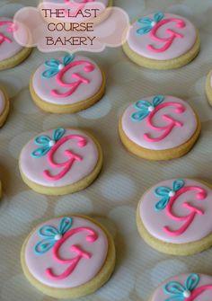 Sweetie Monogram Cookies | Cookie Connection
