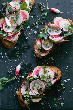 Goat Cheese Radish Tartine with Micro Greens veggie dinner bread bruschetta Think Food, Love Food, Tartine Recipe, Tapas, Breakfast Desayunos, Breakfast Healthy, Dinner Healthy, Breakfast Ideas, Veggie Dinner